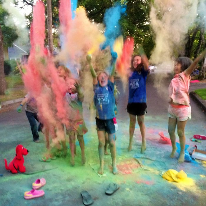 color powder party games picture